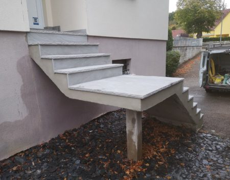 Escalier en Grès Gris